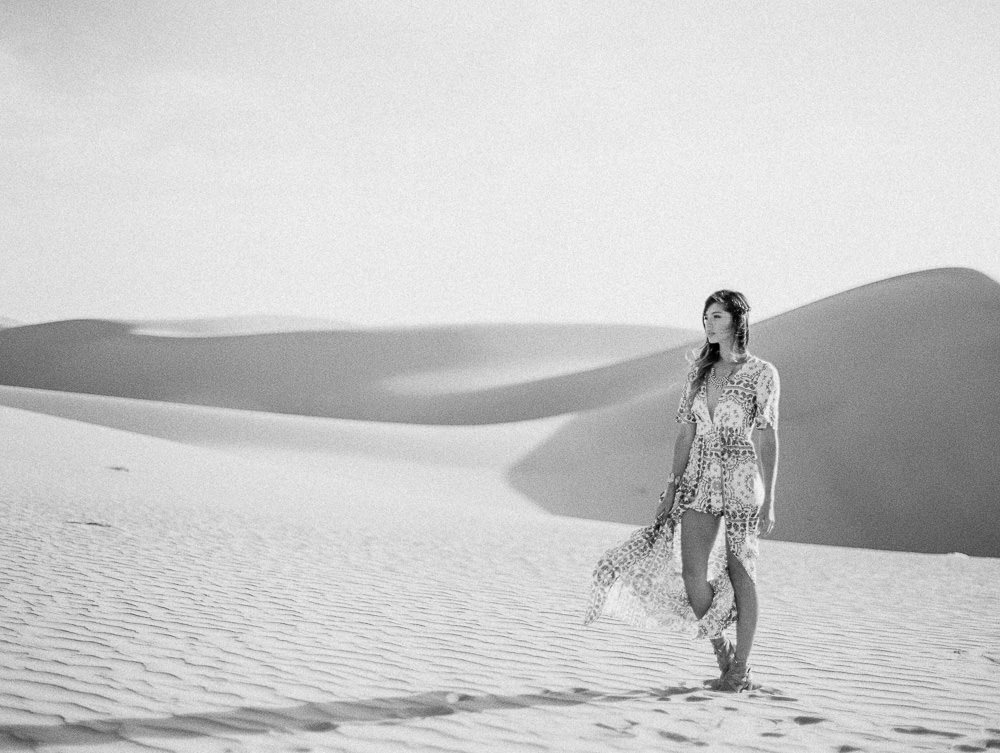 sand-dunes-engagement-wedding-photos-0009