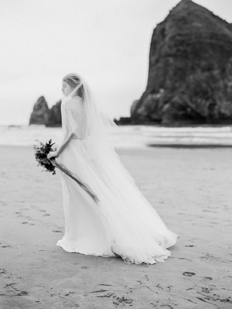 oregon-coast-cannon-beach-bridal-wedding-photography-0014