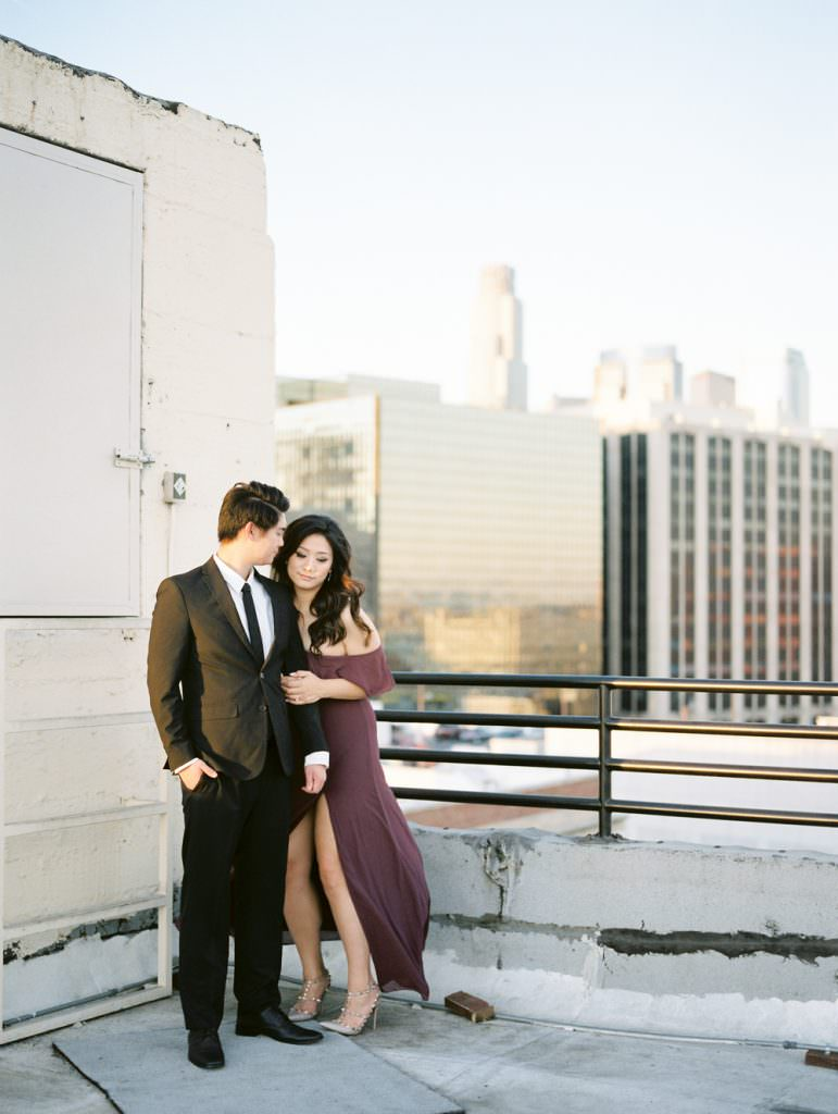 DOWNTOWN LOS ANGELES IN HOME ROOFTOP ENGAGEMENT SESSION-0029