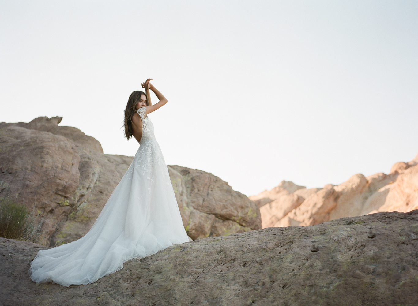 HAYLEY PAIGE WEDDING GOWNS EDITORIAL-0003