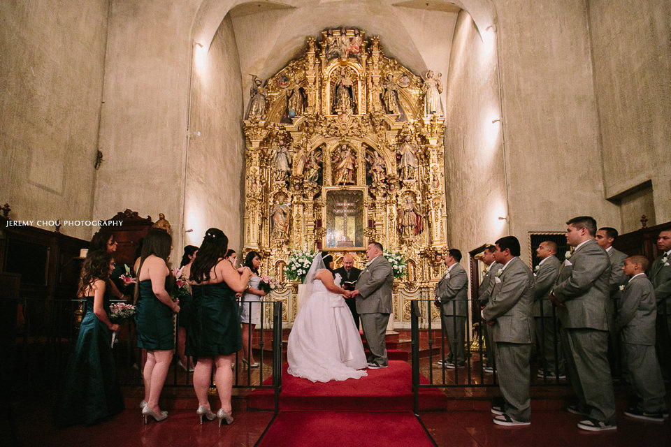 Carlos Cecilia Are Married Mission Inn Riverside Ca Jeremy Chou Photography Luxury Fine Art Wedding In Pasadena